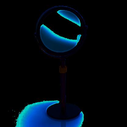 Monochrome Mirror